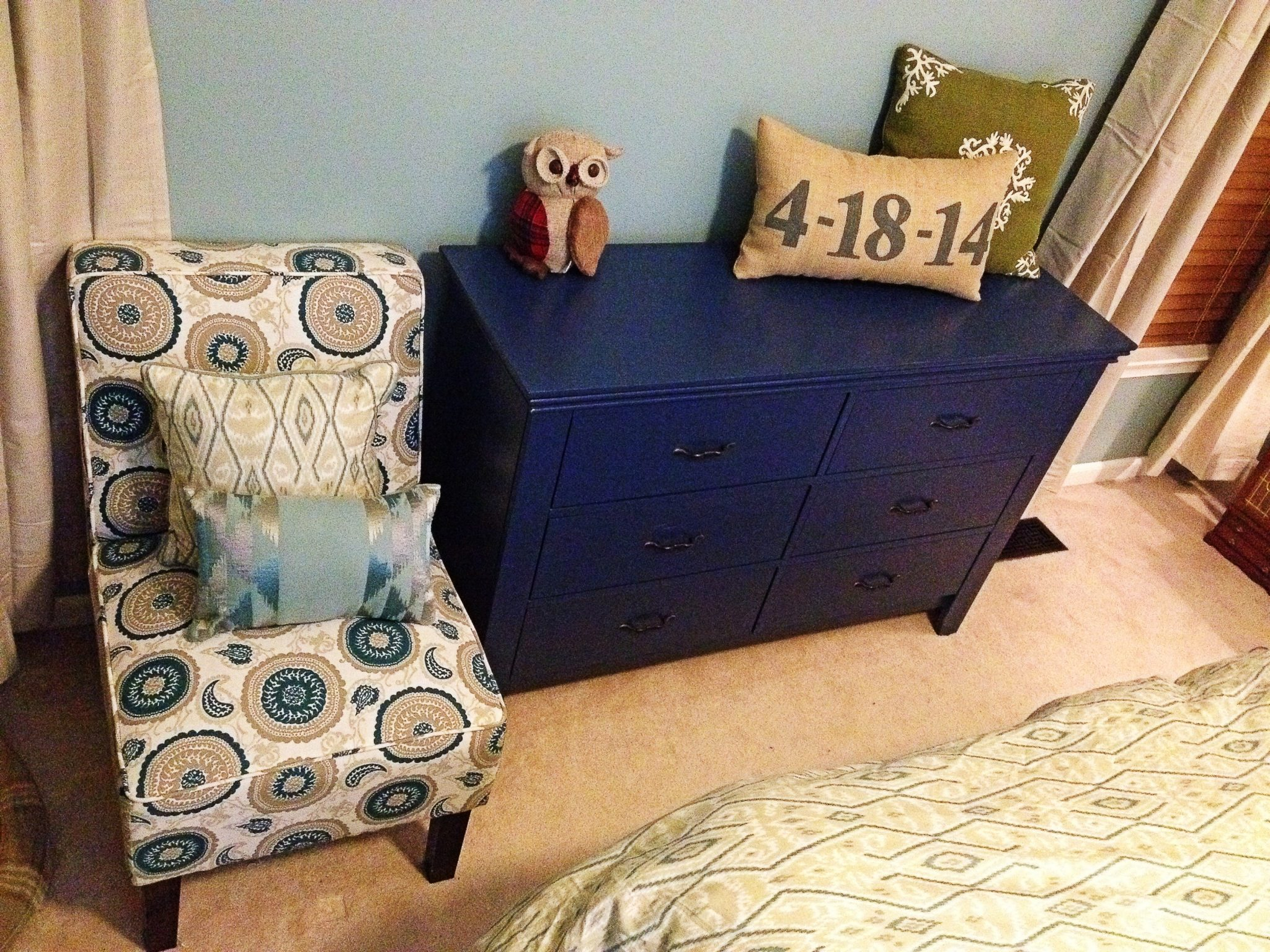 Dresser Painted in a Royal Blue, New Handles