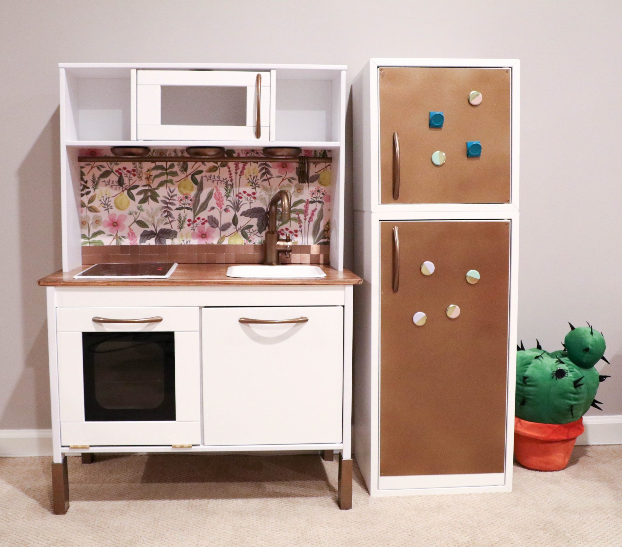 Ikea Kitchen Set: IKEA Hack: Building Your Child's Dream DUKTIG Play Kitchen